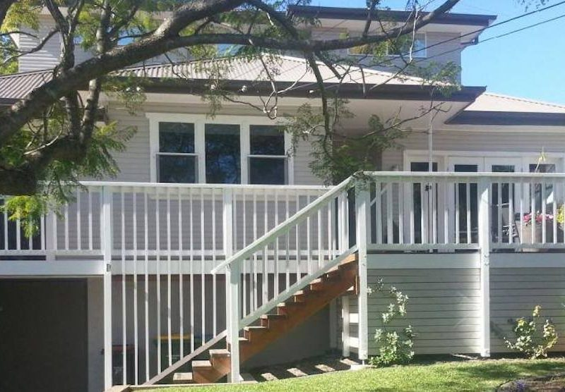 External Painting, Decking & Balustrades