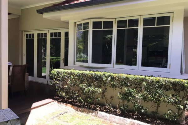 Painting Windows Wahroona Outside